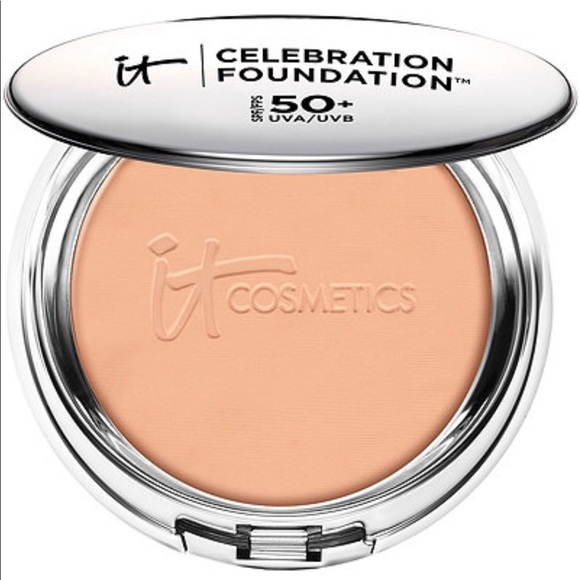 "it cosmetics Other - It Cosmetics Celebration Foundation ""Light"""